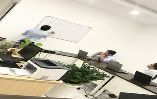 Tuyển Nhân viên làm việc Văn phòng (kinh doanh trong lĩnh vực ngoại hối/forex)