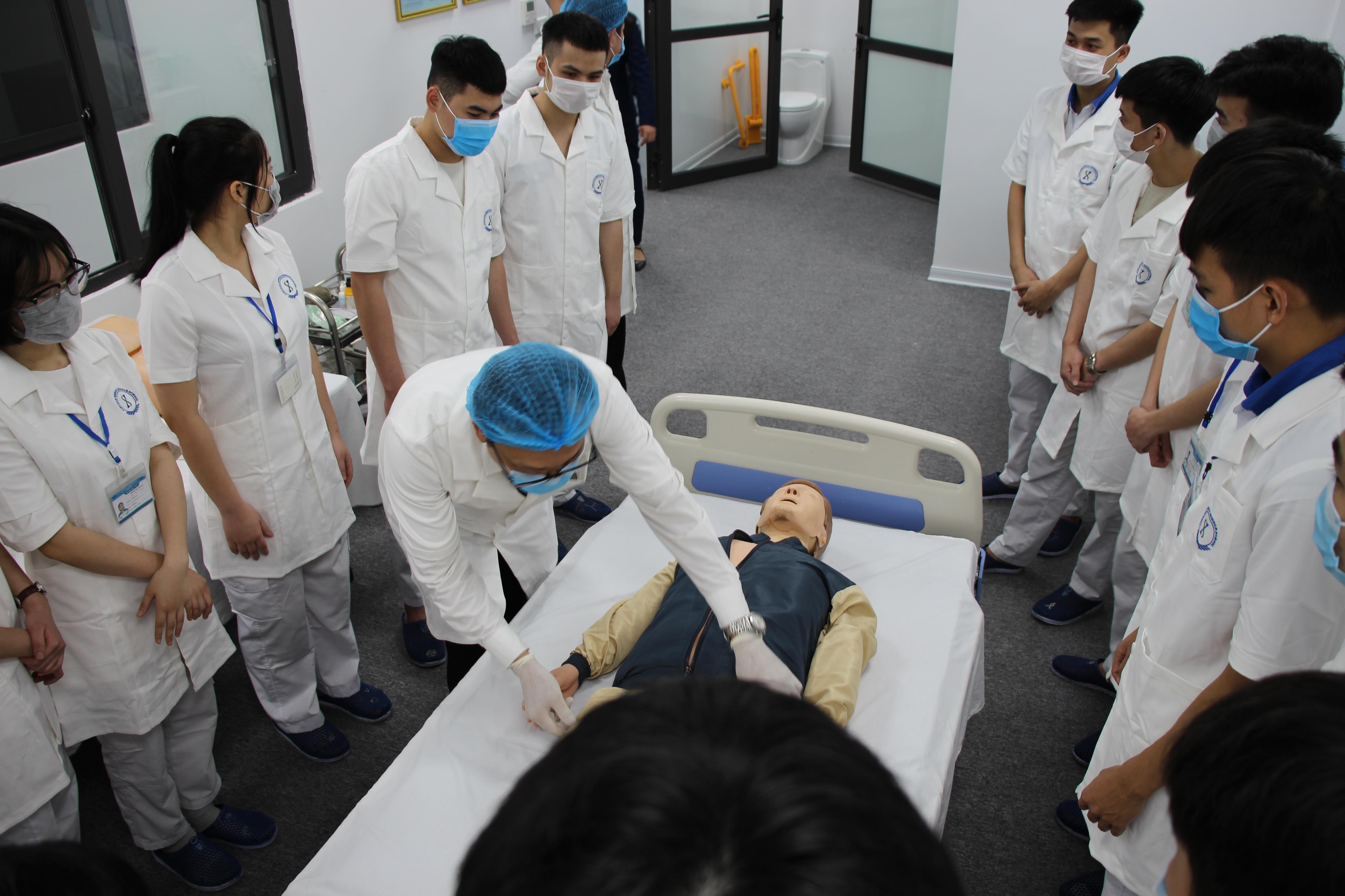 Thực tập sinh Điều dưỡng làm việc tại Nhật Bản